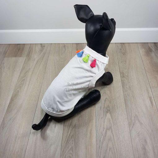 ALT camiseta blanca para perros pequeños con borlas colores en la espalda