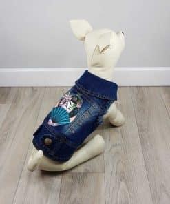 ALT ropa vaquera para perros chaqueta vaquera con dibujo de geisha japonesa en la espalda y detalle de adornos de piedras rosas ideal para bichon maltes