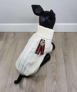 ALT jersey blanco para perros pequeños con lazo negro y rojo y brillantes en la espalda